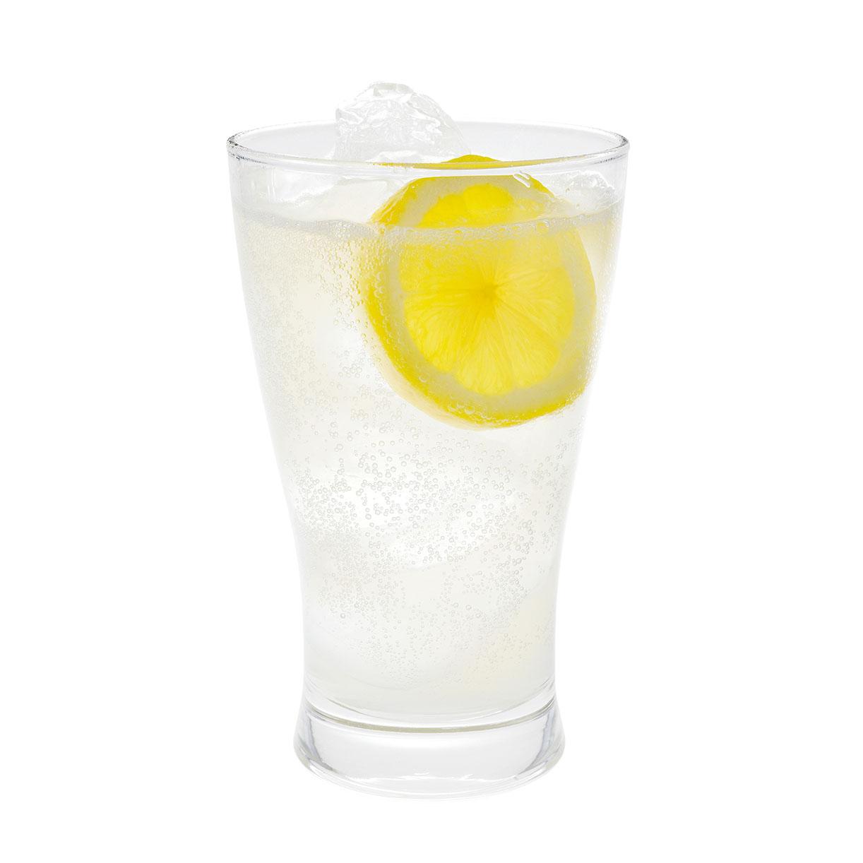 レモネードシロップアレンジ!大人はほろ酔いレモンサワー